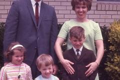 Paul Jr., Barbara, Paul, Laurie, Lisa El Paso 1968